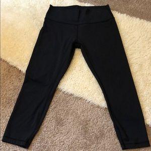 Lululemon wonder under black capris leggings Sz 12